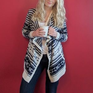(2/$35 Deal) Navy and White Nordic Cardigan